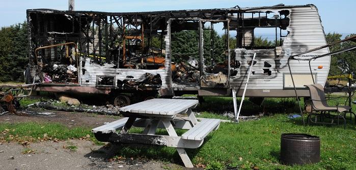 Wohnwagenbrand: Wer zahlt den Feuerwehreinsatz?