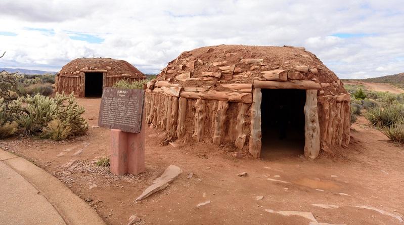 Nach dem bereits bezahlten Mittagessen, wollte ich das Gebiet des indianischen Hualapai Stamm befahren. (#03)