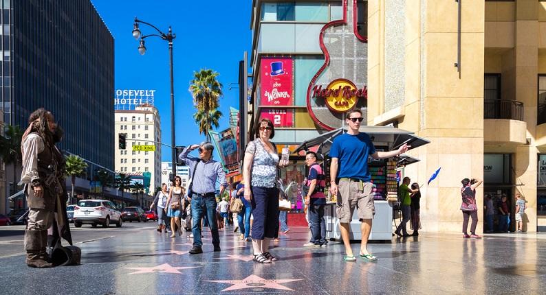 Nun ist endlich Entspannen angesagt. Natürlich werde ich in Los Angeles den Walk of Fame bestreiten, einen Abstecher nach Hollywood machen und die letzten Stunden am Strand von Santa Barbara entspannen. (#05)