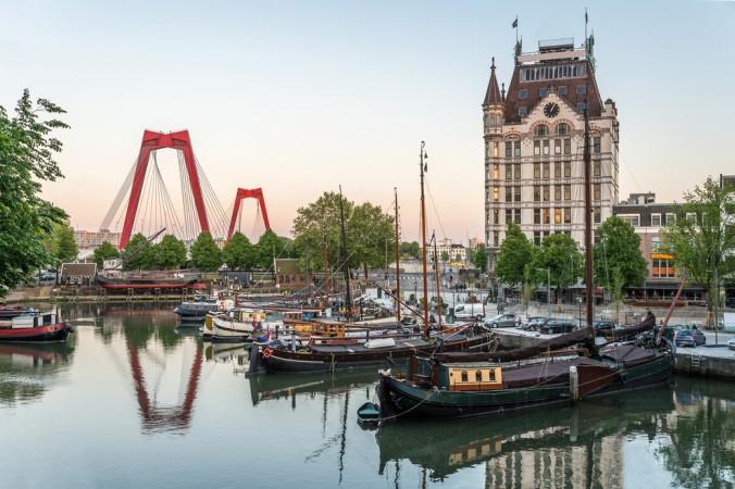 Wenn man die Niederlande besucht, darf natürlich eine ganz bestimmte Stadt keinesfalls fehlen: Rotterdam! Deshalb habe ich sie natürlich auf meiner Motorhome Route entlang der niederländischen Küste sofort mit eingeplant. (#4)