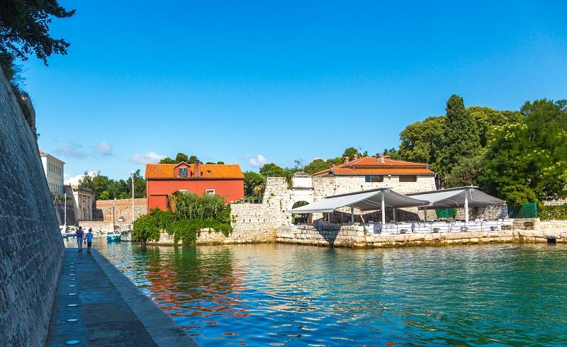 Die atemberaubende Natur und die Traumstrände Kroatiens sind diesen Preis für den Campingurlaub aber auch wert. (#04)