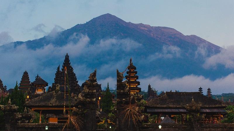 Reiseforum Indonesien: Im September 2017 wurde für den Vulkan Gunung Agung auf Bali die höchste Gefahrenstufe ausgerufen. (#02)