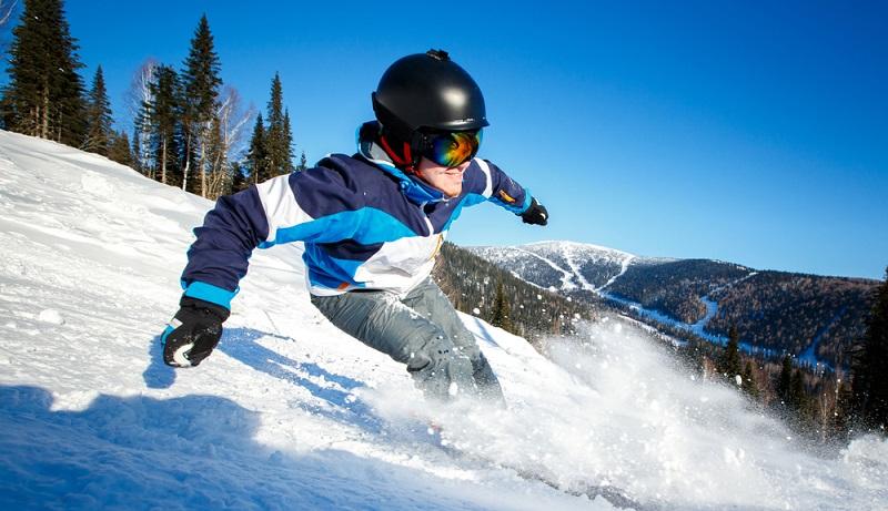 Raus aus dem Motor Home und rein auf die Skipiste: Im Winter ist das an vielen Skiresorts in der Auvergne möglich. (#1)