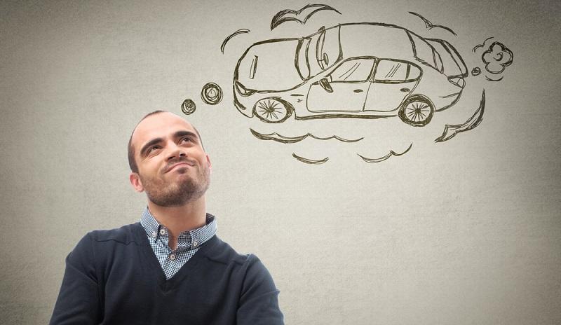 Der <strong>Autokredit</strong> ist häufig die einzige Möglichkeit, den neuen Wagen zu finanzieren, wenn keine eigenen Rücklagen vorhanden sind oder diese wegen anderer geplanter Investitionen nicht genutzt werden sollen.  (Foto: Shutterstock-Milles Studio  )