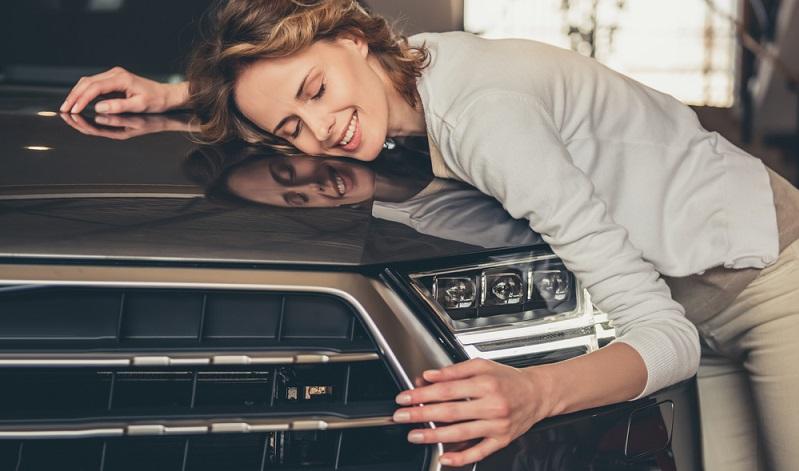 Viele Banken bieten überdies die Möglichkeit zu Sondertilgungen an. Das heißt, dass Sie das Auto, das bei der Finanzierung über einen Ratenkredit ohnehin schon in Ihrem Besitz ist, vorzeitig ablösen können.  (Foto: Shutterstock-VGstockstudio  )